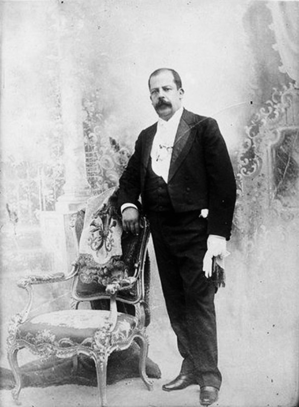 Licenciado Manuel José Estrada Cabrera (1857-1924) Presidente de la República desde 1898 hasta 1920.