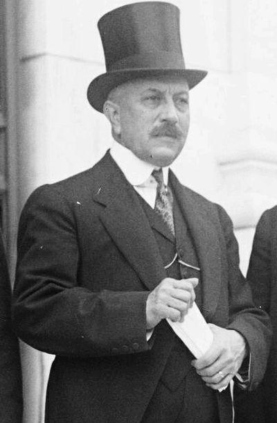 Carlos Herrera y Luna, presidente del 8 de abril de 1920 al 5 de diciembre de 1921.