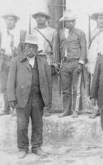 Soldados momostecos descalzos al servicio de Estrada Cabrera