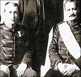Junto con el general José María Orellana Pinto, Ubico fue miembro de la Junta Militar que derrocó al Presidente Carlos Herrera y Luna.