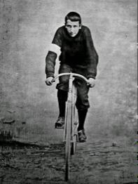 Jorge Ubico fue campeón Internacional de ciclismo
